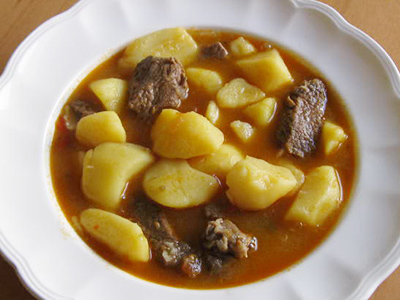 Pressure Cooker Recipes-Carne con Papas